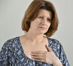 Woman_with_chest_pain