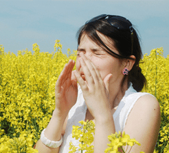 Pollen_allergy_eyes