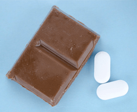 Chocolate_pills_may_improve_heart_health