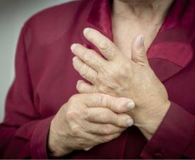 Older_woman_with_rheumatoid_arthritis